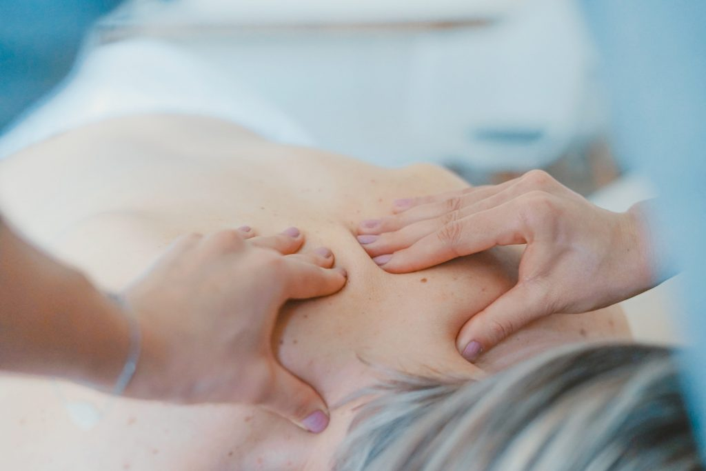 Unsere Therapeuten beuge ihre Fehlhaltungen und Beschwerden von Muskeln und Gelenken vor